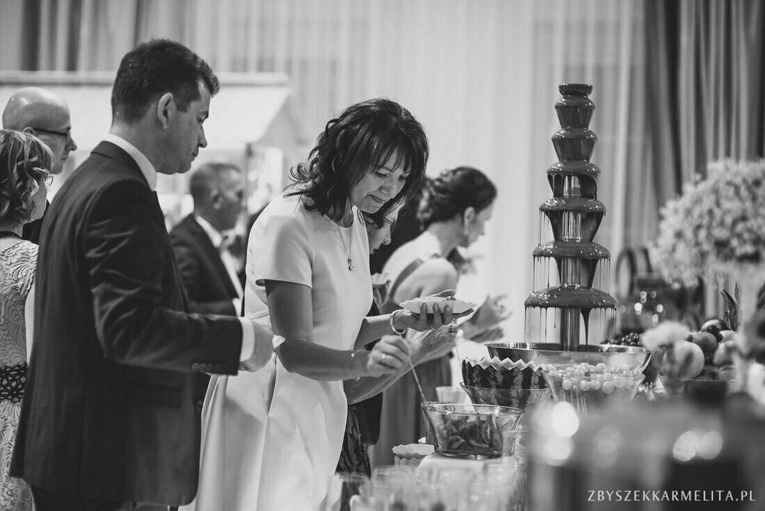 wesele bialy dwor zbigniew karmelita fotograf konin 0055 -
