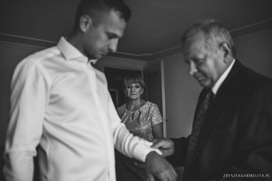ceremonia klasztor w Ladzie Dworek Czardasz zbigniew karmelita fotografia konin 0013 1 -