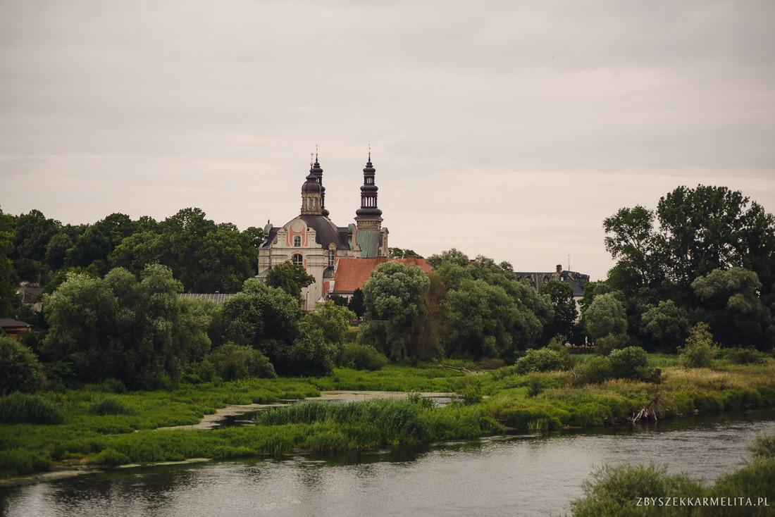 ceremonia klasztor w Ladzie Dworek Czardasz zbigniew karmelita fotografia konin 0028 1 -