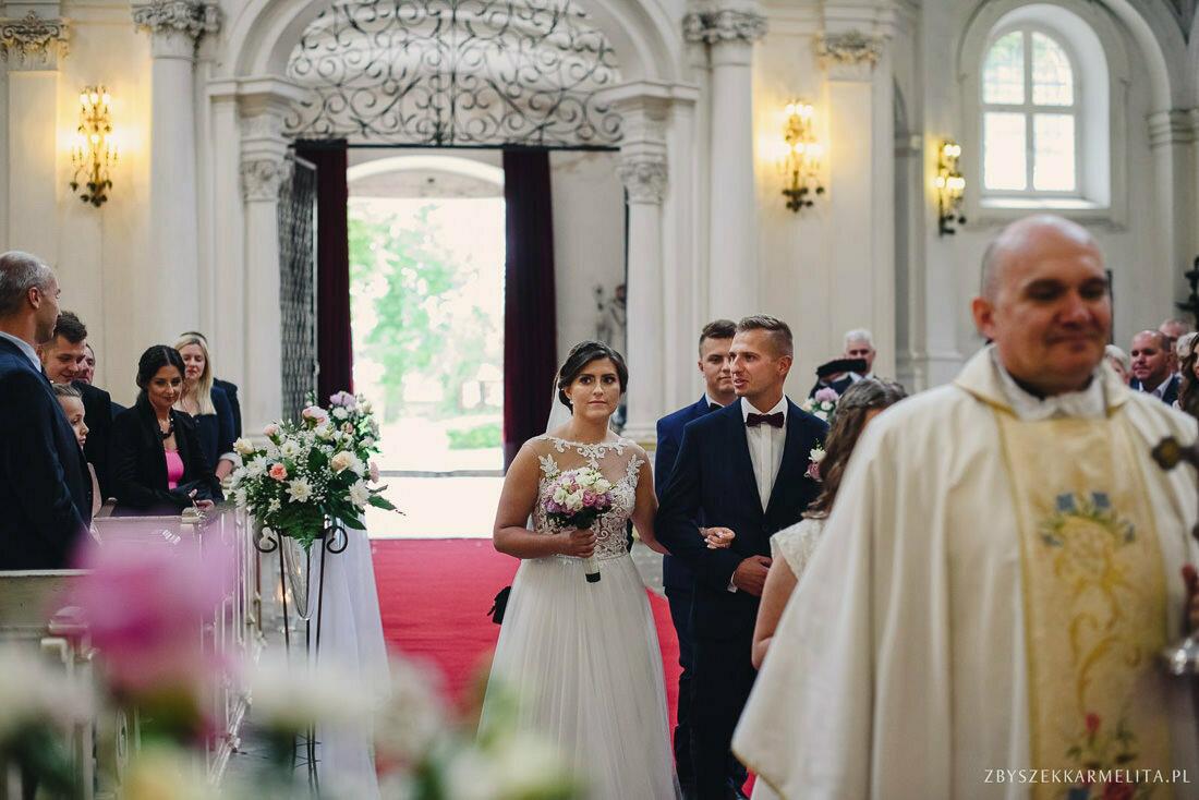ceremonia klasztor w Ladzie Dworek Czardasz zbigniew karmelita fotografia konin 0034 1 -