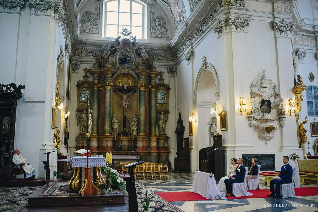ceremonia klasztor w Ladzie Dworek Czardasz zbigniew karmelita fotografia konin 0036 1 -
