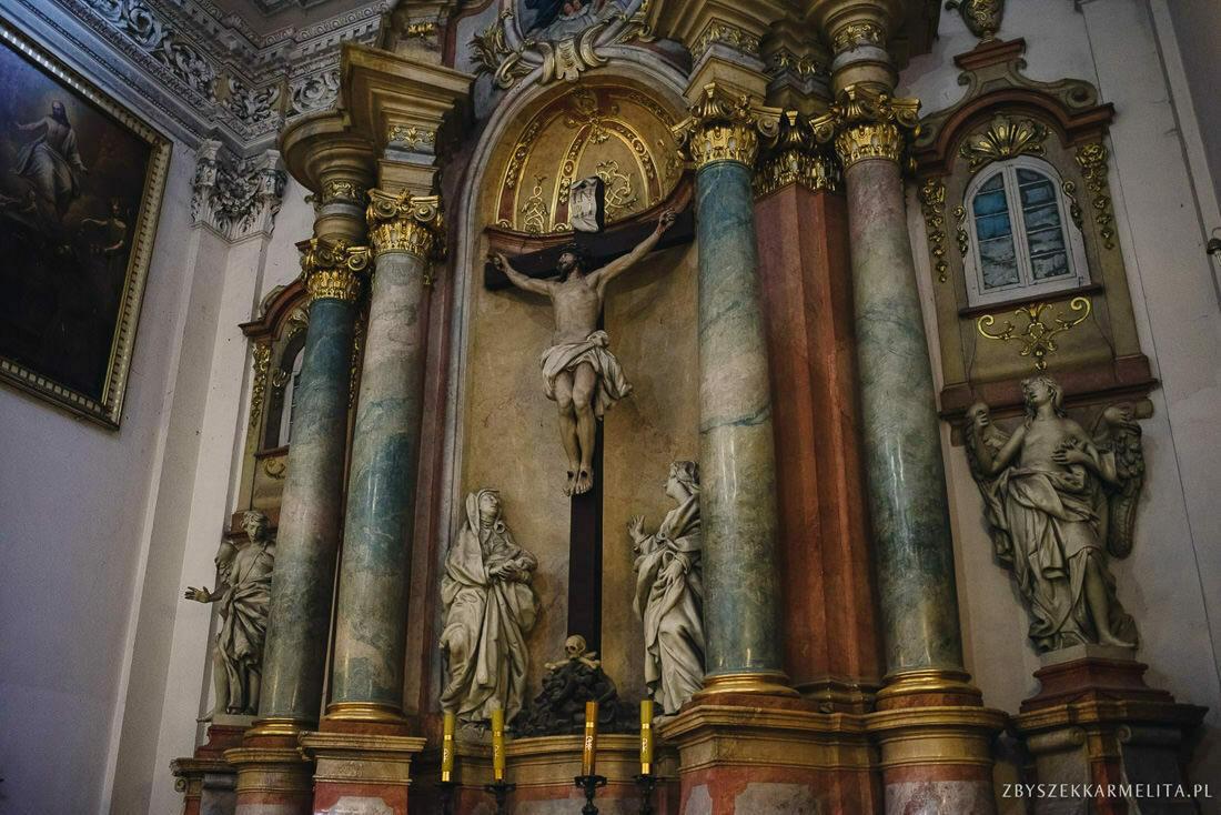 ceremonia klasztor w Ladzie Dworek Czardasz zbigniew karmelita fotografia konin 0049 1 -